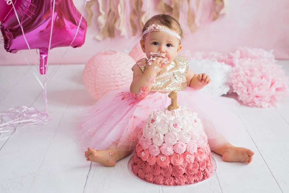 Photo-motions_Smash_The_Cake_Babygirl